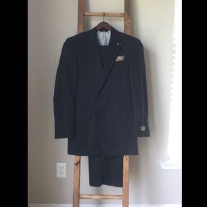 Jos A Bank Navy Suit - 38 Long, 32 Waist